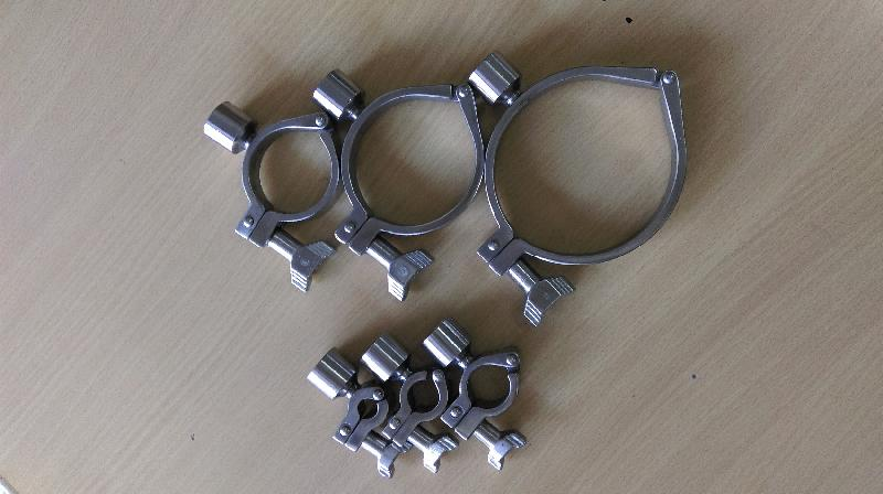 Pipe Holding Clamp 02