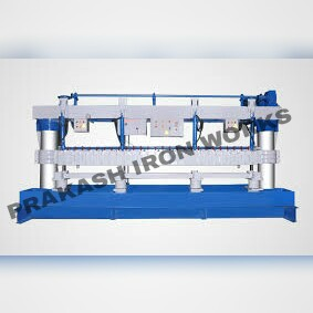 Semi Automatic Pipe Slotting Machine