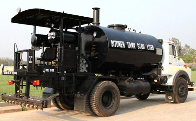 Bitumen Spray Truck
