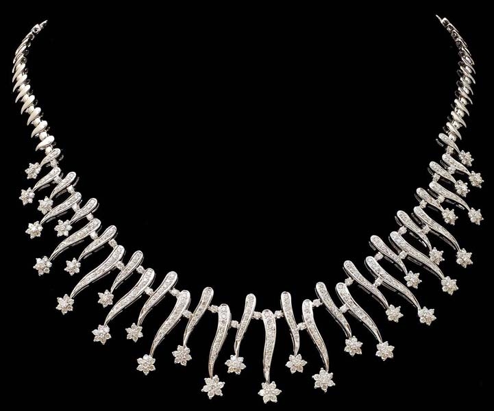 Diamond White Gold Necklace (CWDWGN001)
