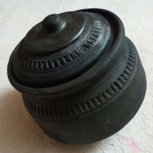 Terracotta Black Handi