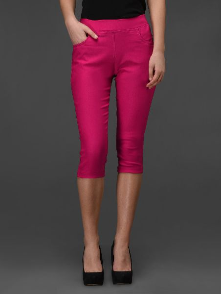 Ladies Capri 02