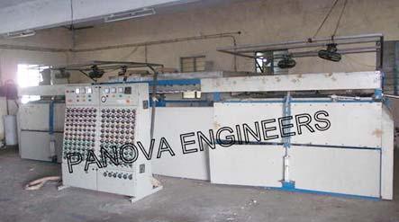 HPM Vacuum Forming Machine