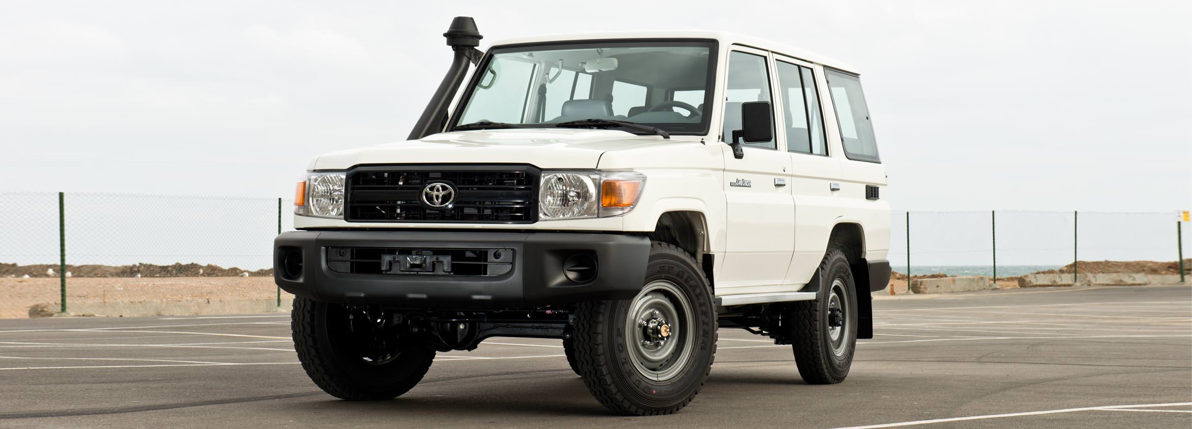 LANDCRUISER 13 HARD TOP PERSONNEL CARRIER