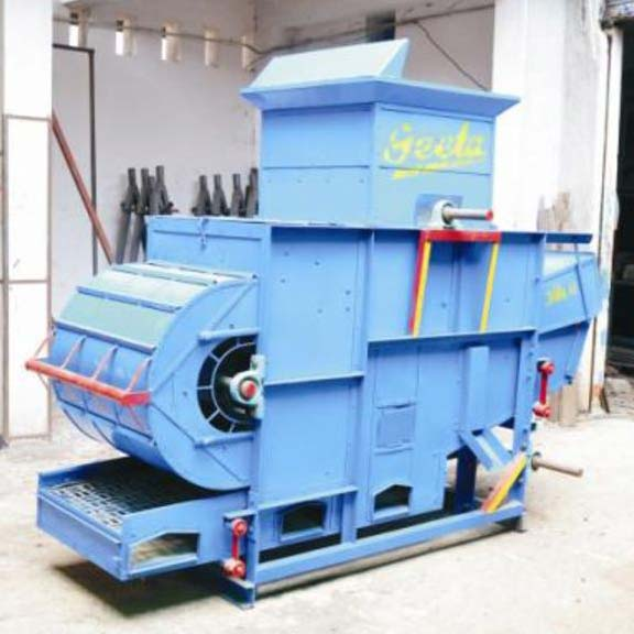 Oil Engine Operated Thresher