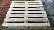 Two Way Pine Wooden Pallets