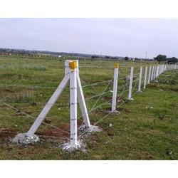 RCC Fencing Poles 01