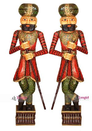 INDIAN HANDMADE WOODEN PAINTED CHOKIDAR SET