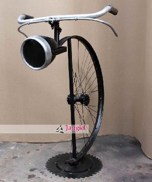 INDUSTRIAL CREATIVE REPRODUCTION LAMP