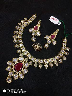 Gold Necklaces Set 06