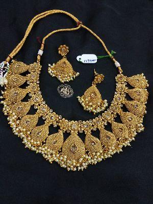 Gold Necklaces Set 16