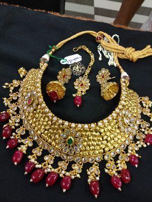Gold Necklaces Set 17