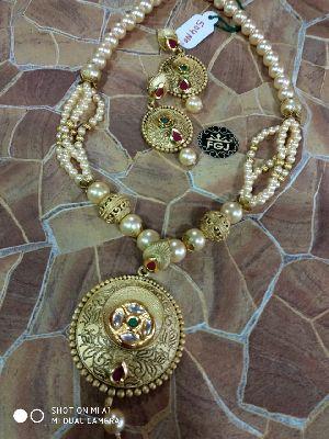 Silverado Necklace Set 21