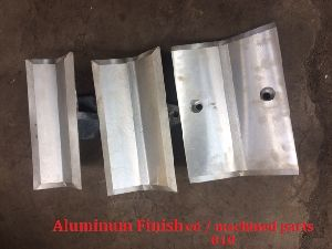 Aluminium Finished / Machined parts of Casting 010