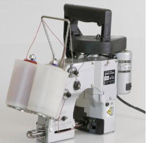 Sewing Machine (L452)