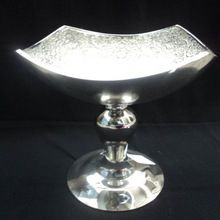 metal fruit bowl stand