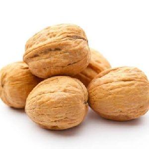 Walnuts Image 03