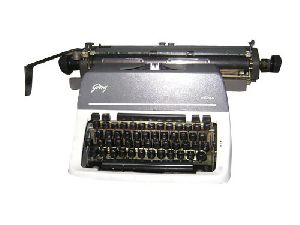 Godrej Prima Policy Carriage Typewriter