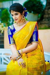 Beautiful yellow Colored soft Silk printed Saree SD139