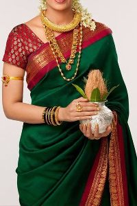 Delightfull Green colored soft silk saree_SD120