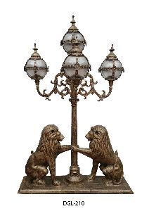 Kingswood Cast Iron Gate Light