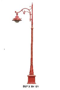 Reddish Garden Lamp Pole