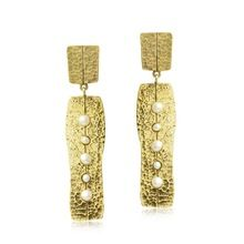 model gold plated pearl earrings