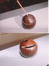 Coconut shell mugs with lid and straw