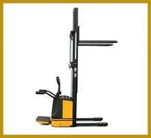 Non-pollution Electric Stacker