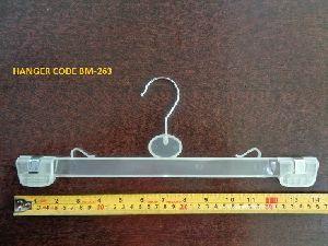 BM-263 Plastic Garment Hanger