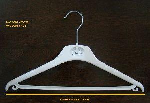 CM-772 Plastic Garment Hanger