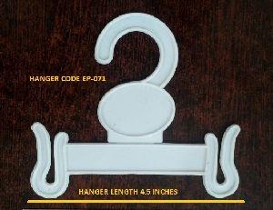 EP-071 Plastic Garment Hanger