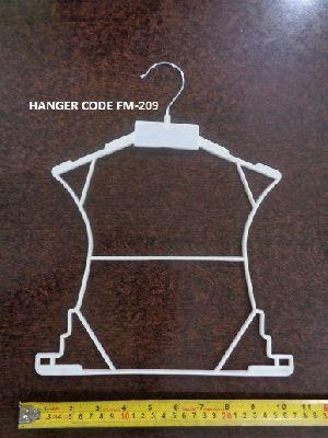 FM-209 Plastic Garment Hanger