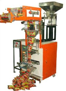 Automatic Pneumatic Intermittent Form Fill & Seal Machine With Weigh Filler