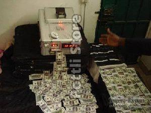 SSD Automatic Cleaning And Money Making Machine