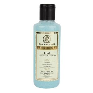 HERBAL ALOEVERA WITH SCRUB FACE WASH