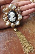 22 Carat Gold Plated Raw Pearl Lady Victoria Beautiful Necklace Jewelry