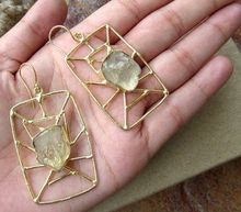 Gold Plating Lemon Quartz Rough Stone Broad Beautiful Hook Vintage Earing