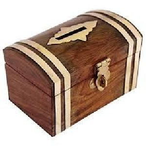 Wooden Money Bank 03