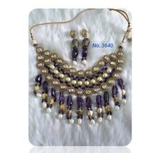 Choker antique design semi beads necklace