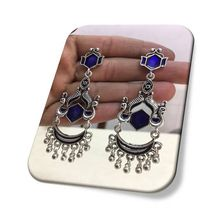 Imitation white metal pendant earring