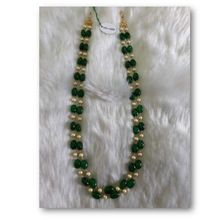women green necklace