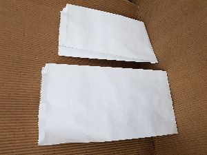 GROCERY BAGS IN WHITE PAPER