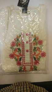 Ladies White Embroidered Kurti