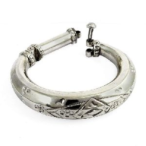 New Fashion Design ! 925 Sterling Silver Bangle