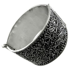 The One! Handmade 925 Sterling Silver Bangle
