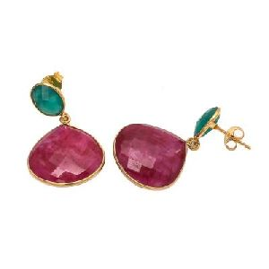 Dyed Ruby And Green Onyx Earring