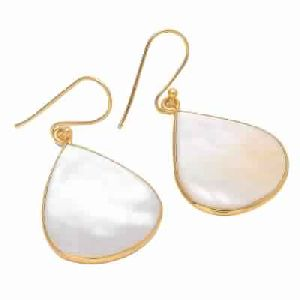 Pear Shell Pear Shape Earring