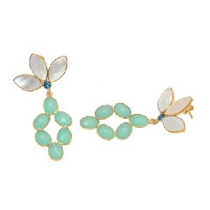 Pearl Shell And Aqua Chalcedony Earring