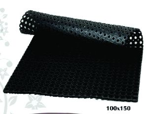Rubber Hollow Mat 02